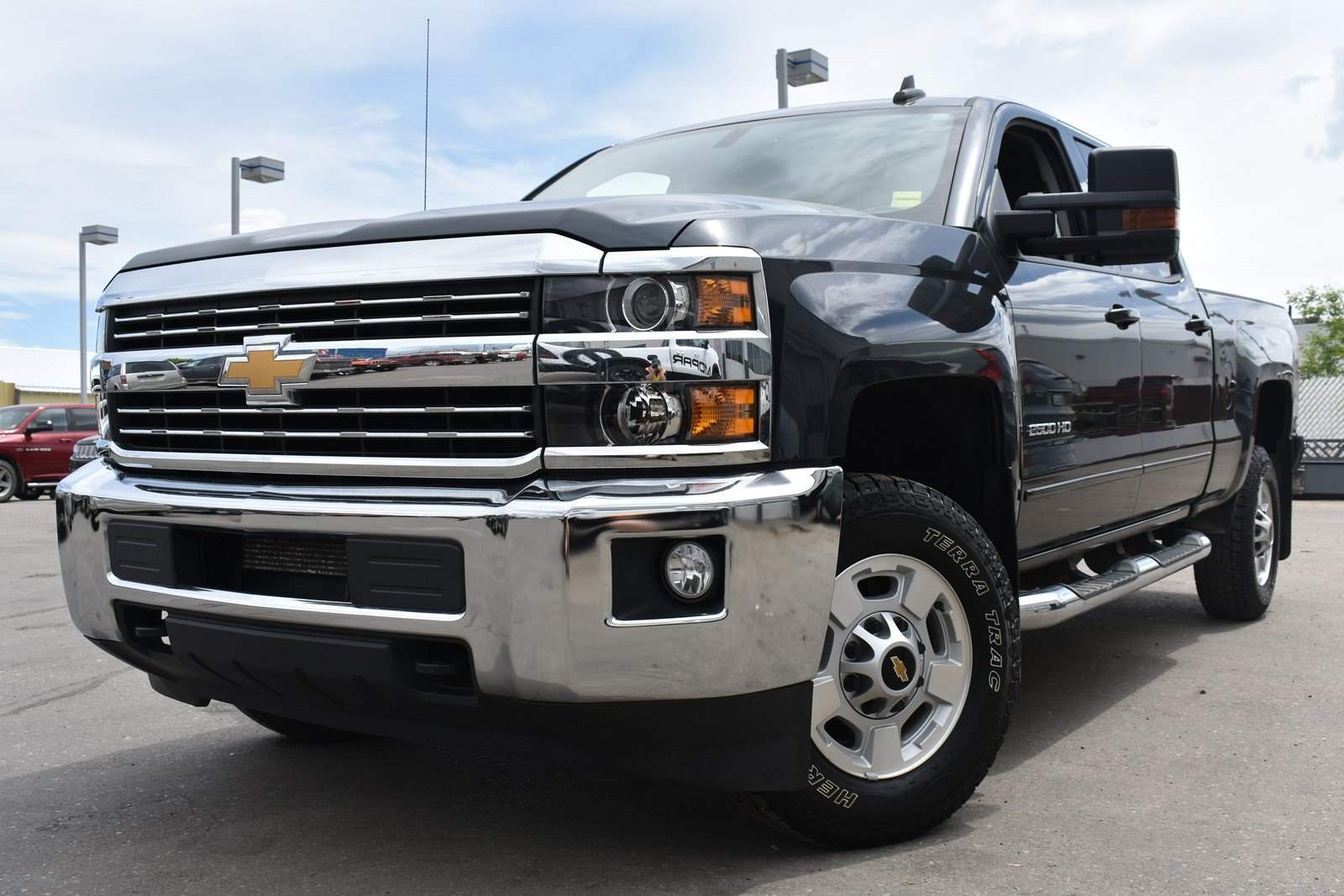 Pre-Owned 2017 Chevrolet Silverado 2500HD LT | Navigation | Remote Start |  Power Driver Seat |